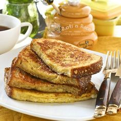 Quick and easy French Toast for breakfast or snack.... Perfect for a quick breakfast at the beach house, what do you think @Joyce Novak Novak Novak Beinlein