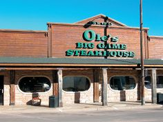 Ole's Big Game Steak House is a one of a kind stop nestled in great western Nebraska. Subscribe to Beef Lovers to get restaurant reviews from great beef eateries every month!