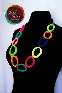 Accesorios Carnaval 2014 African Women, Jewelry Organization, Diy Jewelry, Bag Accessories, My Design, Crochet Necklace, Birthdays, Creations, Wedding Inspiration