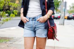 DIY Shorts - How to make boyfriend, lace, and bleach shorts from jeans. love each one.