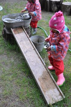 Stomping in the Mud Play Group is a rich, natural outdoor play environment where. - Stomping in the Mud Play Group is a rich, natural outdoor play environment where children have the - Kids Outdoor Play, Outdoor Play Spaces, Outdoor Learning, Backyard For Kids, Natural Play Spaces, Backyard Playground, Playground Ideas, Natural Outdoor Playground, Sand Play