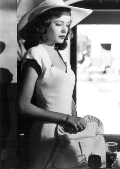 Jane Greer in the great film noir classic: Out of the Past, 1947 - what a beautiful picture!