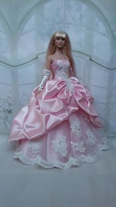 Lady of the White Woods Barbie. Barbie Wedding Dress, Barbie Gowns, Doll Clothes Barbie, Barbie Dress, Barbie Sewing Patterns, Dress Patterns, Barbie Mode, Pink Gowns, Fairy Dress