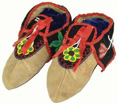 Woodlands Moccasins