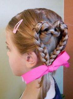 入学式の女の子の三つ編みの髪型 2