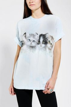 The Mountain Group Of Kittens Tee #urbanoutfitters