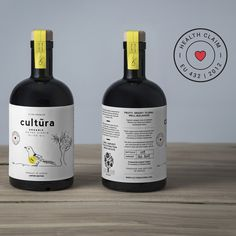 Naturally high in polyphenols olive oil from Greece. Premium quality and ultra-healthy organic EVOO. Olive Oil Packaging, Food Packaging Design, Coffee Packaging, Bottle Packaging, Healthy Food Store, Olive Oil Brands, Skincare Packaging, Olive Oil Bottles, Greek Yogurt Brands