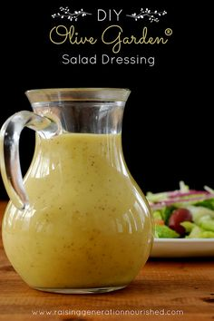 DIY Homemade Olive Garden Salad Dressing Recipe SOUPS AND olive garden house dressing recipe - House & Garden Olive Garden Dressing, Olive Garden Salad, Vinaigrette Dressing, Salad Dressing Recipes, Avocado Oil Salad Dressing Recipe, Avacado Dressing, Best Salad Dressing, Balsamic Dressing, Avocado Salad