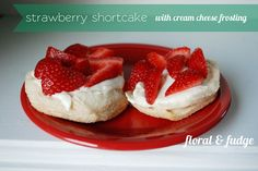 strawberry shortcake with cream cheese frosting
