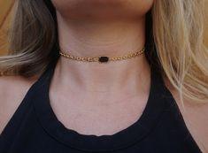 3e6eeeb011a Gold chain choker w  black gem Gold Chain Choker