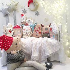 Совсем немного времени остается до Нового Года Волшебная подготовка и суета повсюду✨ Кто-то ждет чудес, а кто-то придумывает и воплощает в реальность эти самые чудеса Обожаю это время И сегодня ваш LoveBabyToys дарит Большого мишку Майка Ищите #giveaway в нашей ленте А новогодние бэбитойсики на этом фото пусть подарят вам сказочное настроение❤️