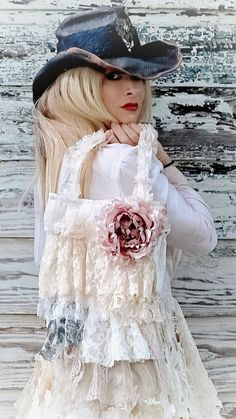 Boho Look, Upcycled Vintage, Fall Trends, Feminine Style, Casual Looks, Autumn Fashion, Fashion Photography, Flower Girl Dresses