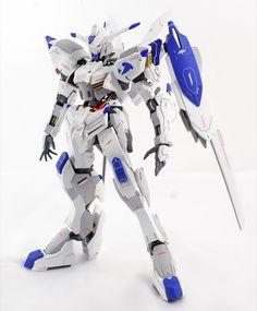 MODELER: Adamantium MODEL TITLE: N/A MODIFICATION TYPE: custom paint job, custom decals, color separation KIT USED: Full Mechanics 1/1...