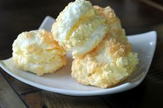 "NUTRITIONAL COMPARISON (per puff)  Traditional Cream Puffs = 47 calories, 7 carbs, trace fiber  ""Healthified"" Cream Puffs = 21 calories, trace carbs, 0 fiber, 2.3g protein"