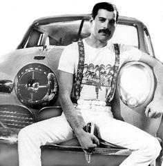 Freddie Mercury - Studebaker Champion