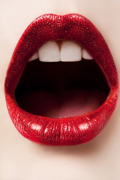 #Red #Lips inviting [via Callie]