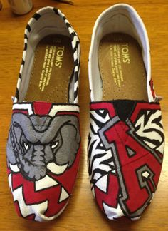 Alabama Roll Tide Painted Toms