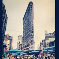 Flatiron Building in New York, NY