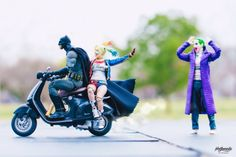 Japanese photographer Hot Kenobi photographs comical scenes while playing with his action figures. More pop culture via Demilked Figure Photography, Toys Photography, Famous Superheroes, Dc Comics, Marvel Comic Books, Marvel Vs, Cultura Pop, Marvel Legends, Action Figures