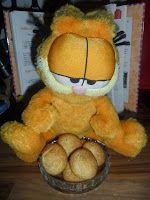 Sabines und Anjas Hobbyeck: Garfield bäckt für Weihnachten