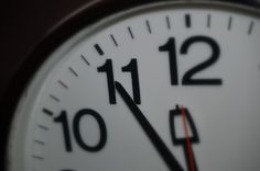 fünf vor 12.......... Clock, Wall, Home Decor, Pictures, Watch, Decoration Home, Room Decor, Clocks, Walls