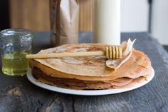 Une recette inratable de Crêpes à la farine de châtaigne (sans gluten ni produits laitiers) Thermomix sur Yummix • Le blog culinaire dédié au Thermomix !