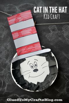 Paper Plate Dr Seuss Cat In The Hat Kid Craft is part of Kids Crafts Preschool Dr. Seuss - Paper Plate Dr Seuss Cat In The Hat Kid Craft Grab the book to read in celebration and really make an afternoon out of it! Kids Crafts, Preschool Projects, Hat Crafts, Daycare Crafts, Classroom Crafts, Toddler Crafts, Art Projects, Autism Classroom, Classroom Door