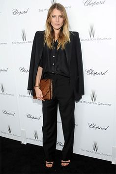 Dree Hemingway screamed tomboy-chic in a black tuxedo suit and a contrasting brown clutch at the Weinstein party. Tomboy Chic, Tomboy Fashion, Tomboy Style, Street Style, Street Chic, Black Tuxedo Suit, Dree Hemingway, Black Wardrobe, Mode Style