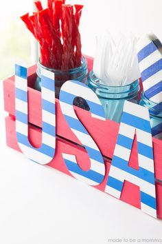Organize utensils for your Independence Day celebration :-)