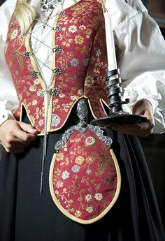 Dress from region of Solør og Odal, Norway. Norwegian Clothing, Style And Grace, My Style, Fashion Terms, Folk Fashion, Folk Costume, Traditional Dresses, Textile Design, Norway