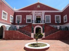 The Palácio de São Paulo a former Jesuit college on Mozambique Island, was once the residence of the Portuguese governor of Mozambique. Today it's a museum. East Africa, Portuguese, Island, Mansions, Heritage Site, World, House Styles, Museum, College