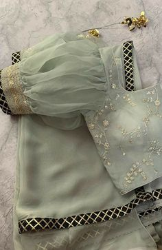 Netted Blouse Designs, Stylish Blouse Design, Fancy Blouse Designs, Stylish Dress Designs, Bridal Blouse Designs, Latest Saree Blouse Designs, Shagun Blouse Designs, Brocade Blouse Designs, Choli Blouse Design