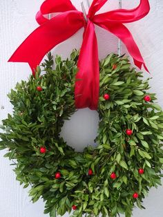 Boxwood Wreath Christmas Wreath Boxwood Wreath Red Berry Wreath Holiday Wreath Christmas Gift Fresh Wreath Decorated Wreath by donnahubbard on Etsy Red Berry Wreath, Fresh Wreath, Boxwood Wreath, Door Wreath, Christmas Crafts For Gifts, Christmas Goodies, Christmas Traditions, Holiday Wreaths, Holiday Decorations