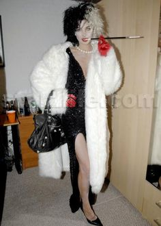 That's one heck of a Cruella de Vil DIY Halloween Costume!