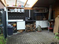 Unsere Outdoorküche mit Udden Küchenelementen von Ikea.