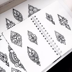 Узоры / Кружево Finger Tattoo Designs, Finger Tattoos, Boho Tattoos, Small Tattoos, Tattoo Sketches, Tattoo Drawings, Geometric Wall Paint, Face Tats, Rangoli Border Designs