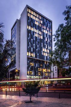 Bicentennial Tower / Entorno AID + CMS+GMP, © Jairo Llano