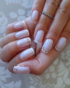 Unhas Francesinhas para inspirar, veja mais de 35 modelos no site Square Acrylic Nails, Almond Acrylic Nails, Cute Acrylic Nails, Square Nails, Gel Nails, French Manicure Nail Designs, Toe Nail Designs, Nail Polish Designs, Manicure And Pedicure