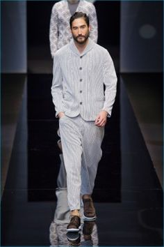 Giorgio-Armani-2017-Primavera-Verão-Mens-Runway-Collection-016