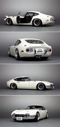 Den eneste design-perle der nogensinde er kommet fra landet vor solen står op! 1967 Toyota 2000 GT. Bare der stod sådan en i min garage!