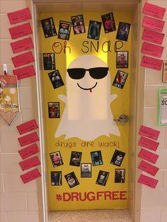 Classroom Objectives, Classroom Whiteboard, Classroom Door, Drug Free Door Decorations, School Decorations, Drug Free Posters, Kindergarten Door, Project Purple, Doors Music
