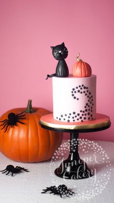 Black cat Halloween cake with eBay by Juniper Cakery