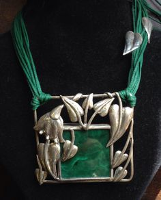 Necklace-Silver leaves, malachite stone