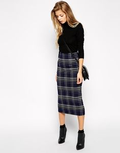 Enlarge ASOS Check Pencil Skirt forget those shoes though. what happened there?