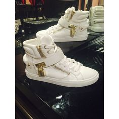 """👑 ALDO FASNAUCHT SNEAKER 👑 EUC, only worn twice, size 8 TTS. Material is leather, sole is rubber, high top, shaft is 4.5"""", round toe, metal detail, textile lining. Price is firm! ALDO Shoes Sneakers"""