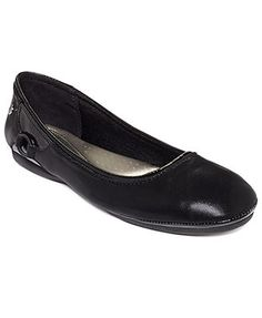 Life Stride Allerina Flats...so not exactly stylish, but so comfy! These are my new go to flats for work.