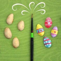 Easter-themed art project using pistachio shells. Fall Crafts, Easter Crafts, Holiday Crafts, Holiday Fun, Diy Crafts, Easter Holidays, Holidays With Kids, Hoppy Easter, Easter Eggs