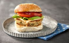 Homemade Veggie Burgers Check this out at http://friedchickenrecipes.org/posts/Dont-let-summer-fun-blow-your-diet-Heres-36266