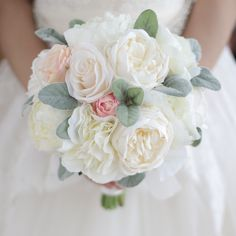 Find More Wedding Bouquets Information about Peony Bouquet Ivory pink rose  Blush Peony Holding Flowers Silk white Peony Bouquet Wedding Bride Brida pink Bouquetes decor,High Quality pink bouquet,China bouquet wedding Suppliers, Cheap pink roses bouquets from Brooch bouquets custom store https://www.aliexpress.com/store/product/Peony-Bouquet-Ivory-pink-rose-Bouquet-Blush-Peony-Bouquet-Silk-white-Peony-Bouquet-Wedding-Bride-Brida/621238_32761644197.html