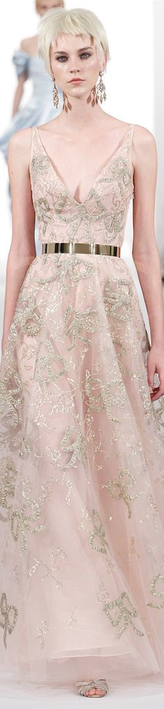 Oscar de la Renta NYFW FALL 2014. a little gold to emphasize the natural waist will never go out of style.